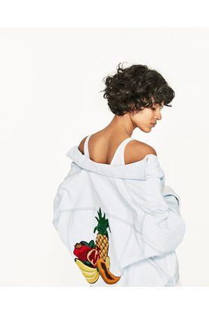 Mujer De mezclilla - Zara CAZADORA DENIM BORDADO FRUTAL