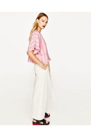 Mujer Blusas - Zara BLUSA LINO VOLANTES - Disponible en más colores