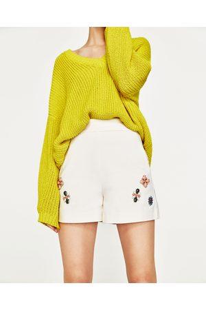 Mujer Shorts - Zara SHORT TIRO ALTO JOYAS - Disponible en más colores