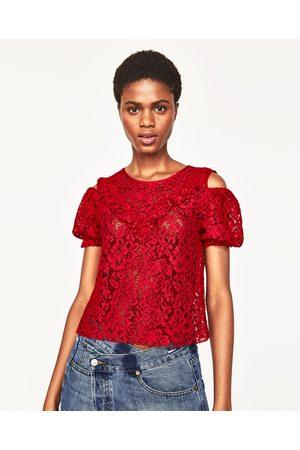 Mujer Tops - Zara TOP ENCAJE HOMBROS CUT OUT - Disponible en más colores