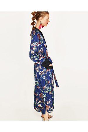 Mujer Suéteres abiertos - Zara Kimono largo flores