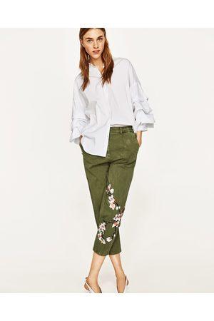 zara pantalon chino verde mujer
