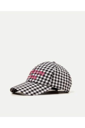 Gorras de mujer Zara la ¡Compara ahora y compra al mejor precio! 4a6a4053d38