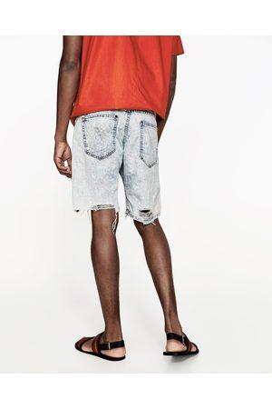 Hombre Bermudas - Zara BERMUDA DENIM ROTOS - Disponible en más colores