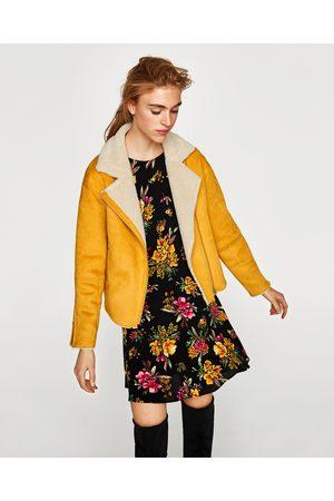 Zara CAZADORA EFECTO ANTE - Disponible en más colores