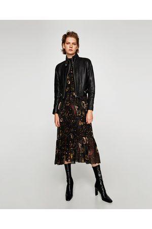 51f214b401b Chamarras De Piel de mujer Zara tienda online ¡Compara ahora y ...