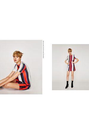 Zara VESTIDO MANGA CORTA - Disponible en más colores
