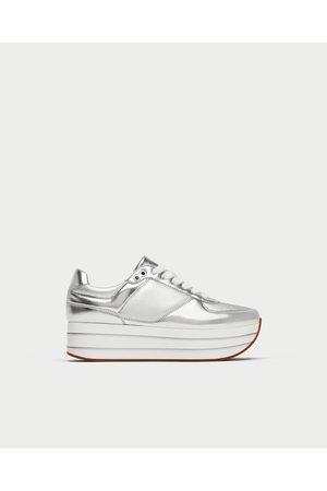 21e3a0696ae Tenis Deportivos de mujer Zara zapatos plataforma ¡Compara ahora y ...