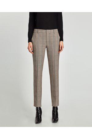 fed96939c4 Pantalones Chinos de mujer Zara tienda online ¡Compara ahora y compra al  mejor precio!
