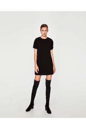 Vestido negro zara manga corta