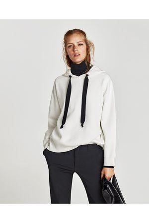 Zara SUDADERA OVERSIZE CAPUCHA - Disponible en más colores
