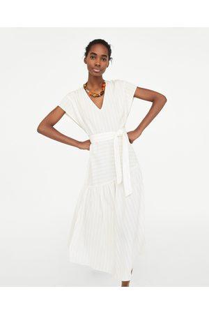 Vestidos Estampados de mujer Zara verano ¡Compara ahora y compra al ... 2c6289832a75