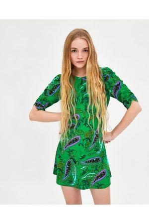 Vestido verde corto de zara