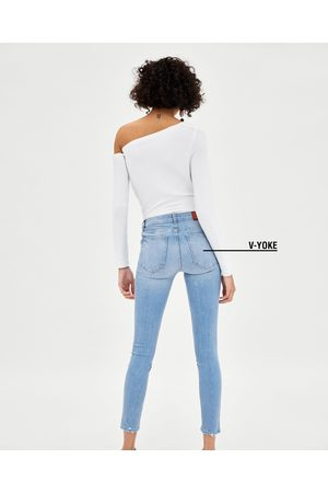 "Zara JEGGING LOW RISE V-YOKE ""CURVES"" ROTOS - Disponible en más colores"