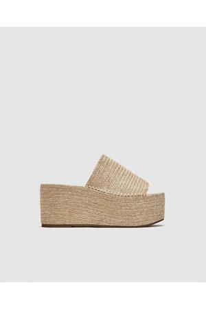 18444ef1 Zapatos Con Plataforma de mujer Zara tienda online ¡Compara ahora y compra  al mejor precio!