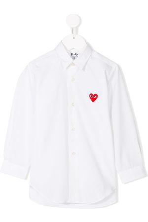 Comme des Garçons Camisa con corazón bordado