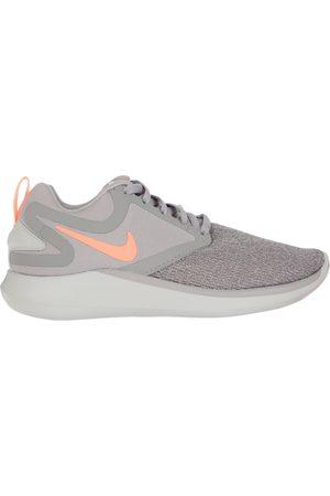Tenis Nike LunarSolo correr para niña