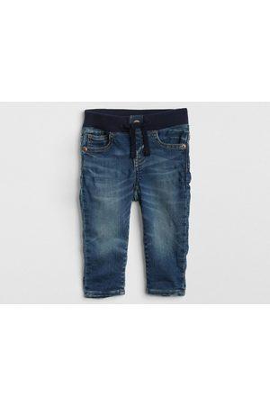 Jeans GAP corte regular fit para bebé