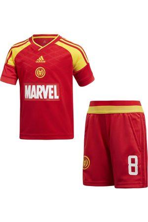 Conjunto deportivo Adidas Iron Man para niño