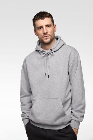 La Y Ahora Mejor Compra Hombre ¡compara De Ropa Al Precio Zara XzwRSTYRW eafb4e33675