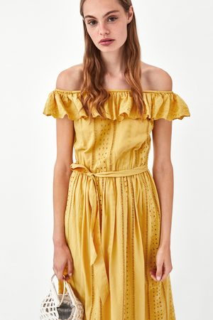 6e8aafa3b8 Vestidos Strapless Y Off Shoulder de mujer Zara amarillas ¡Compara ...
