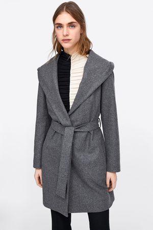 Zara Abrigo capucha cinturón