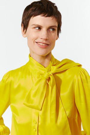 Zara Mujer Blusas - Blusa satinada lazo