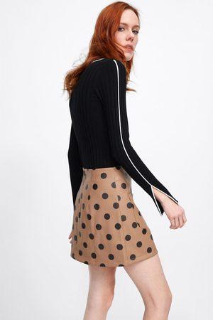 Zara Mujer Minifaldas - Falda mini efecto piel lunares