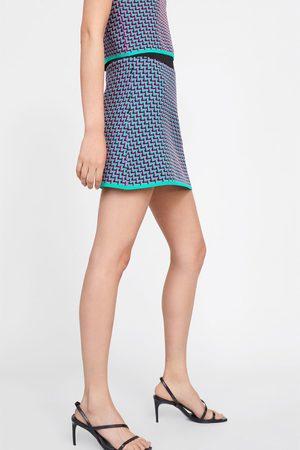 Zara Mujer Estampadas - Falda mini punto jacquard geométrico