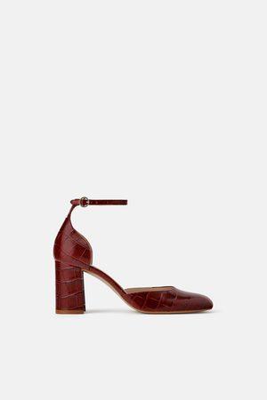 c7baf7a99ebcf Tacones de mujer Zara rojos ¡Compara ahora y compra al mejor precio!