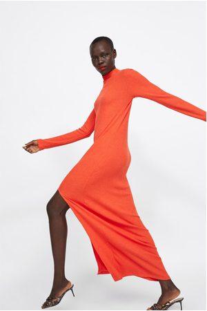 Zara Vestido canalé abertura