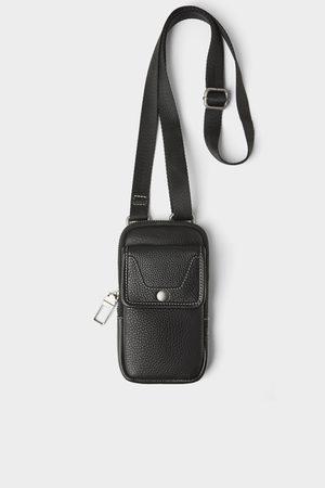Zara Funda porta teléfono piel negra