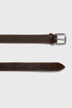 Zara Cinturón piel grabados