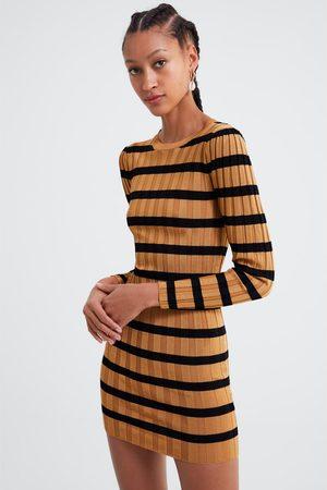 Zara Vestido mini