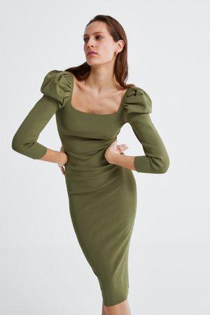 Zara Vestido manga abullonada