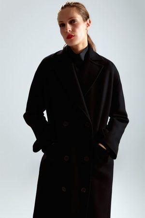 Zara Abrigo oversize edición limitada