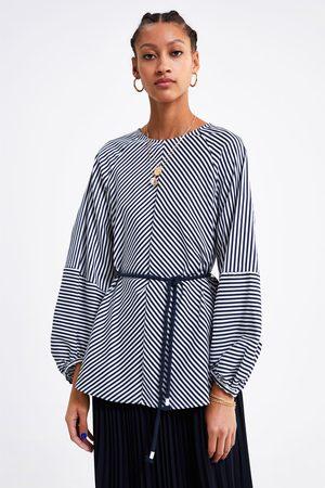 Zara Blusa rayas cinturón