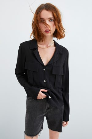 Zara Camisa bolsillos