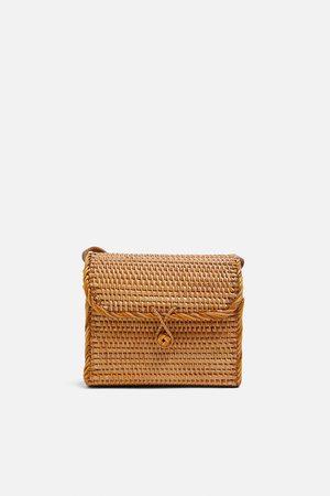 Zara Bolso caja trenzado