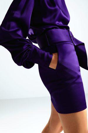 Zara Falda mini cinturón edición limitada