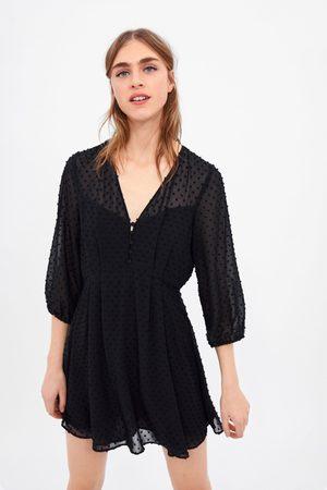 Zara Vestido plumeti