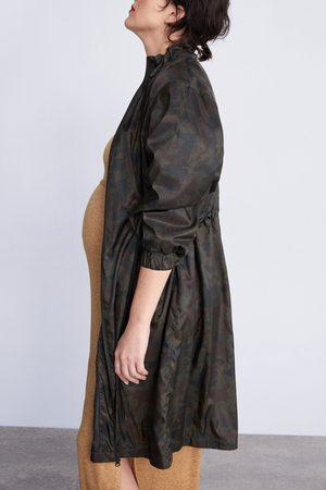 Zara Parka estampado camuflaje