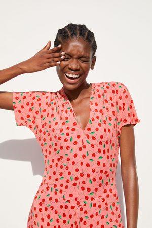 Zara Vestido estampado cerezas