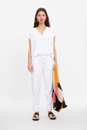 Zara Camiseta cuello pico