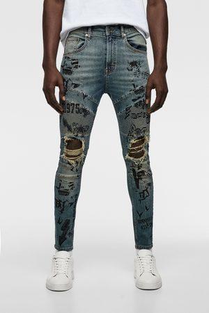Zara Jeans skinny biker texto