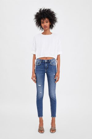 Zara Jeans mid rise skinny compact tachas perlas
