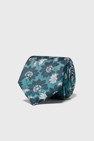 Zara Corbata ancha jacquard floral
