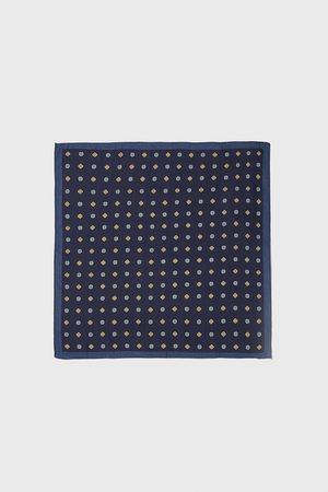 Zara Pañuelo bolsillo estampación geométrica