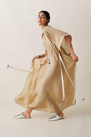 Zara Studio túnica bordada edición limitada