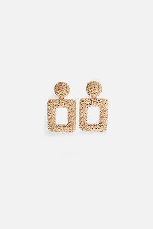 Zara Pendientes textura geométricos